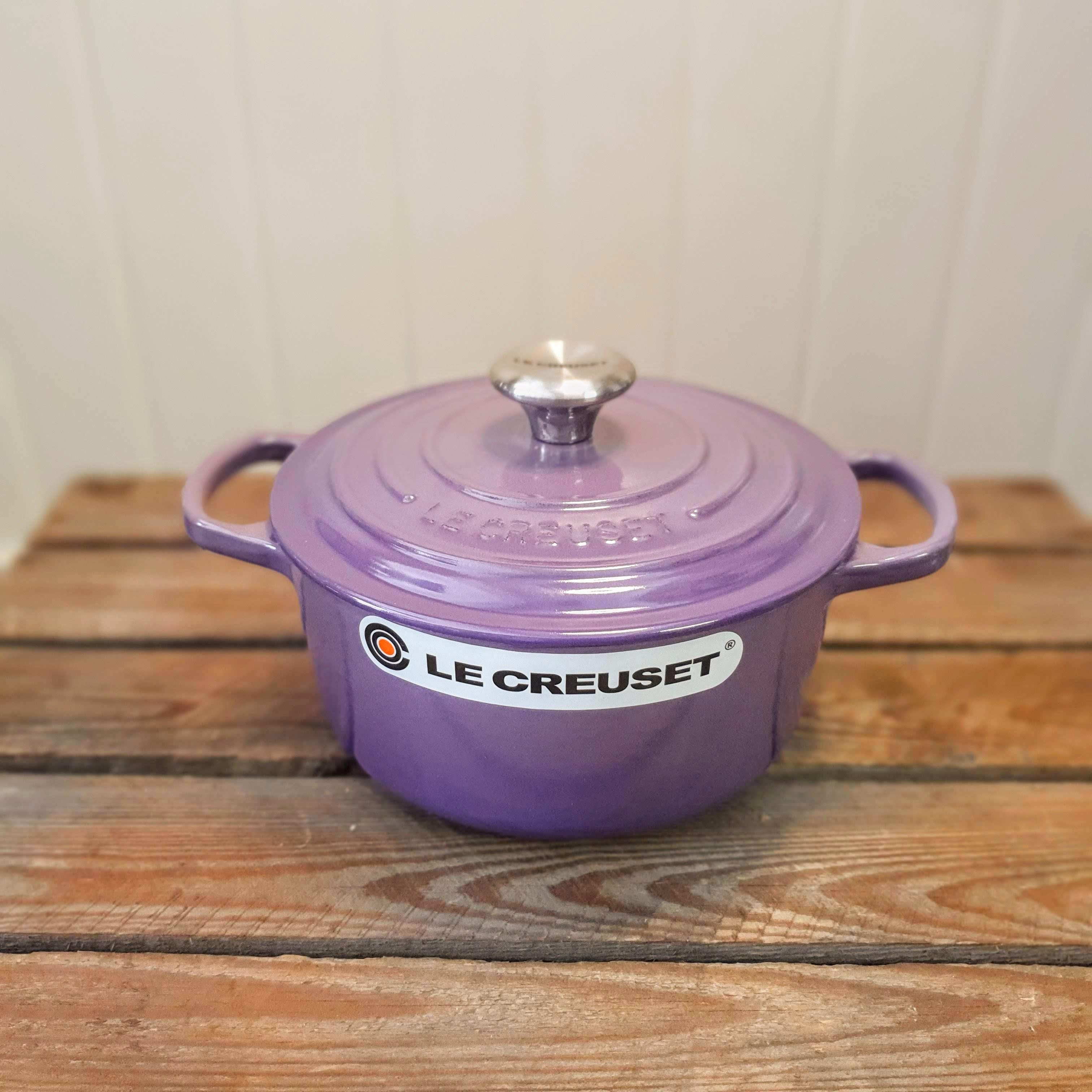 le creuset 18cm round casserole ultra violet