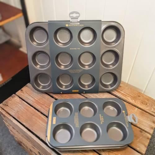 masterclass 12 and 6 hole baking trays