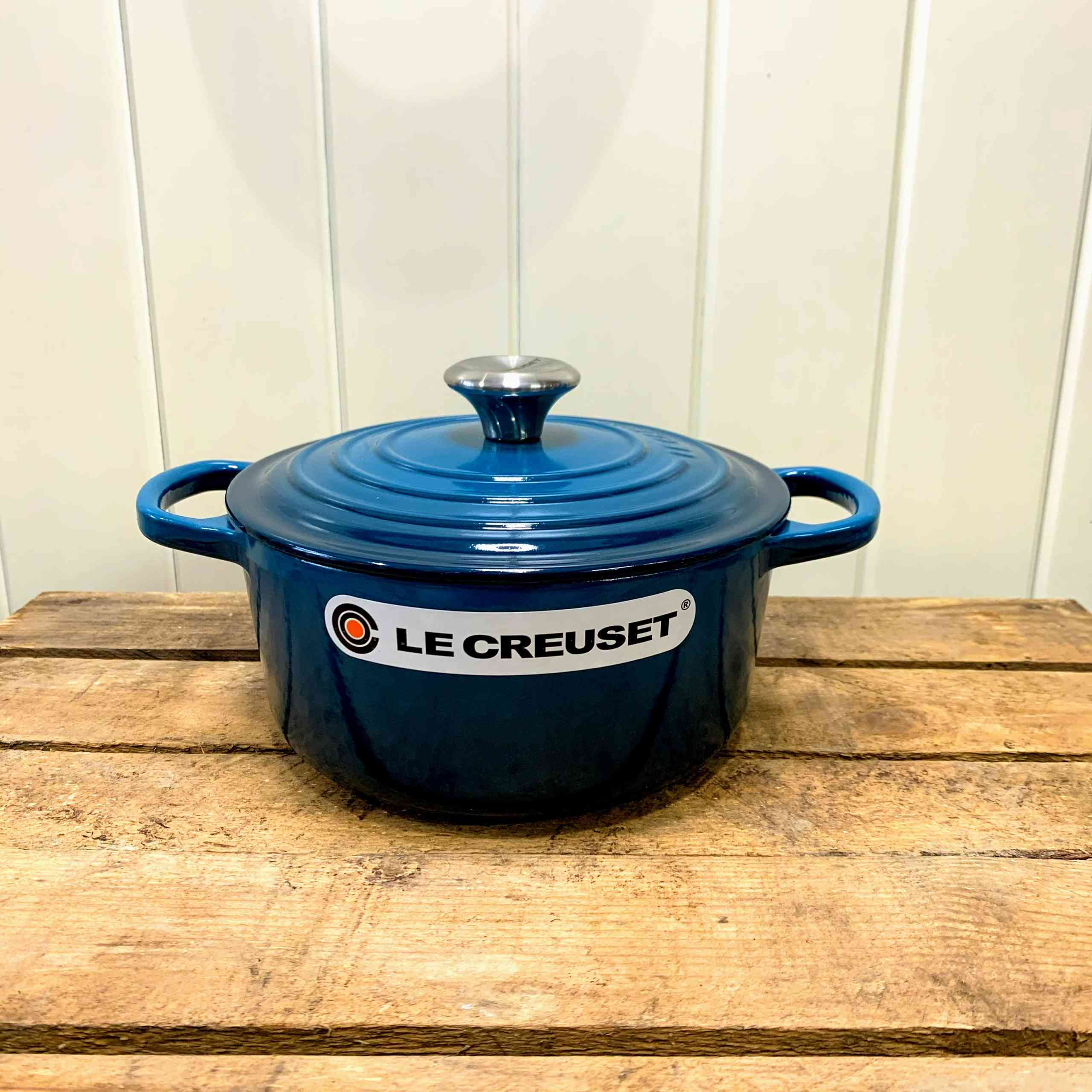 Le Creuset Signature Cast Iron 18cm Round Casserole Cooks Special Offer Cooking Kneads